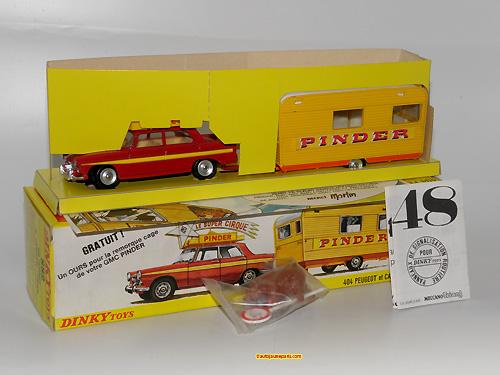 Dinky Toys France 404 avec caravane